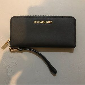 Michael Kors Wallet Perfect Condition